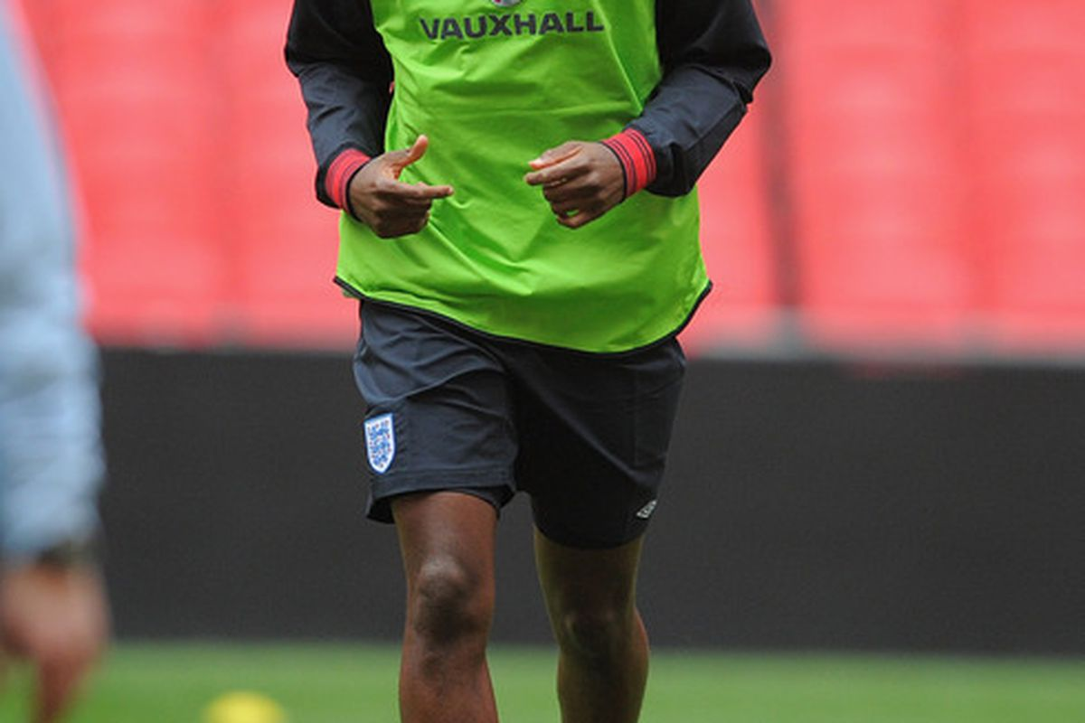 LONDON, ENGLAND - NOVEMBER 11:  Darren Bent warms up during the training session at Wembley Stadium on November 11, 2011 in London, England.  (Photo by Michael Regan/Getty Images)