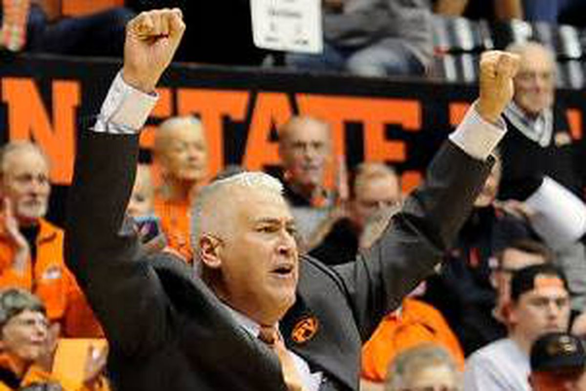 """Wayne Tinkle celebrates a good beginning to official """"Tinkle Time"""""""
