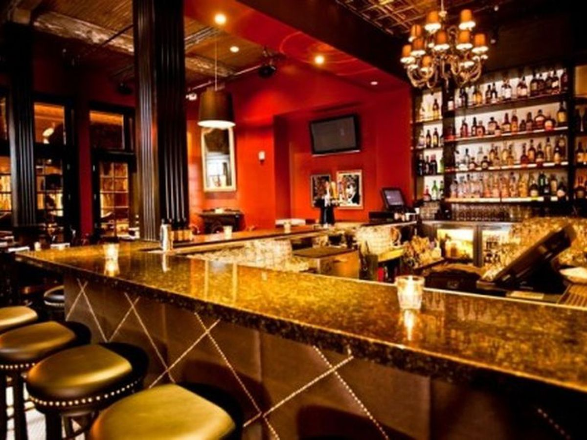 Cozy Up To The Bar For Late Night Dining Deals Across City Misha Vladimirskiy