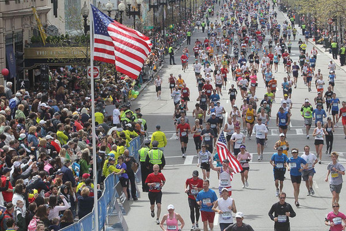 BOSTON - APRIL 19:  Participants run down Boylston Street toward the finish line during the 114th Boston Marathon on April 19, 2010 in Boston, Massachusetts. (Photo by Jim Rogash/Getty Images)