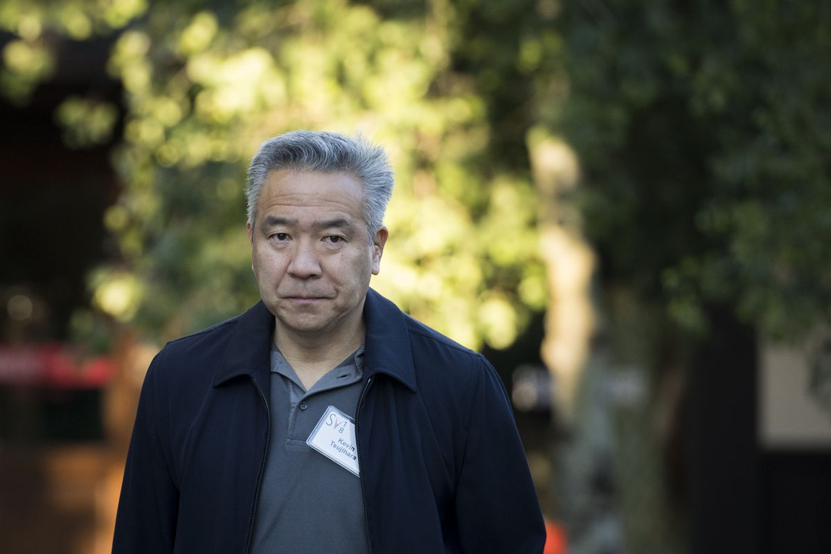 Warner Bros. boss Kevin Tsujihara is out after a casting-couch scandal