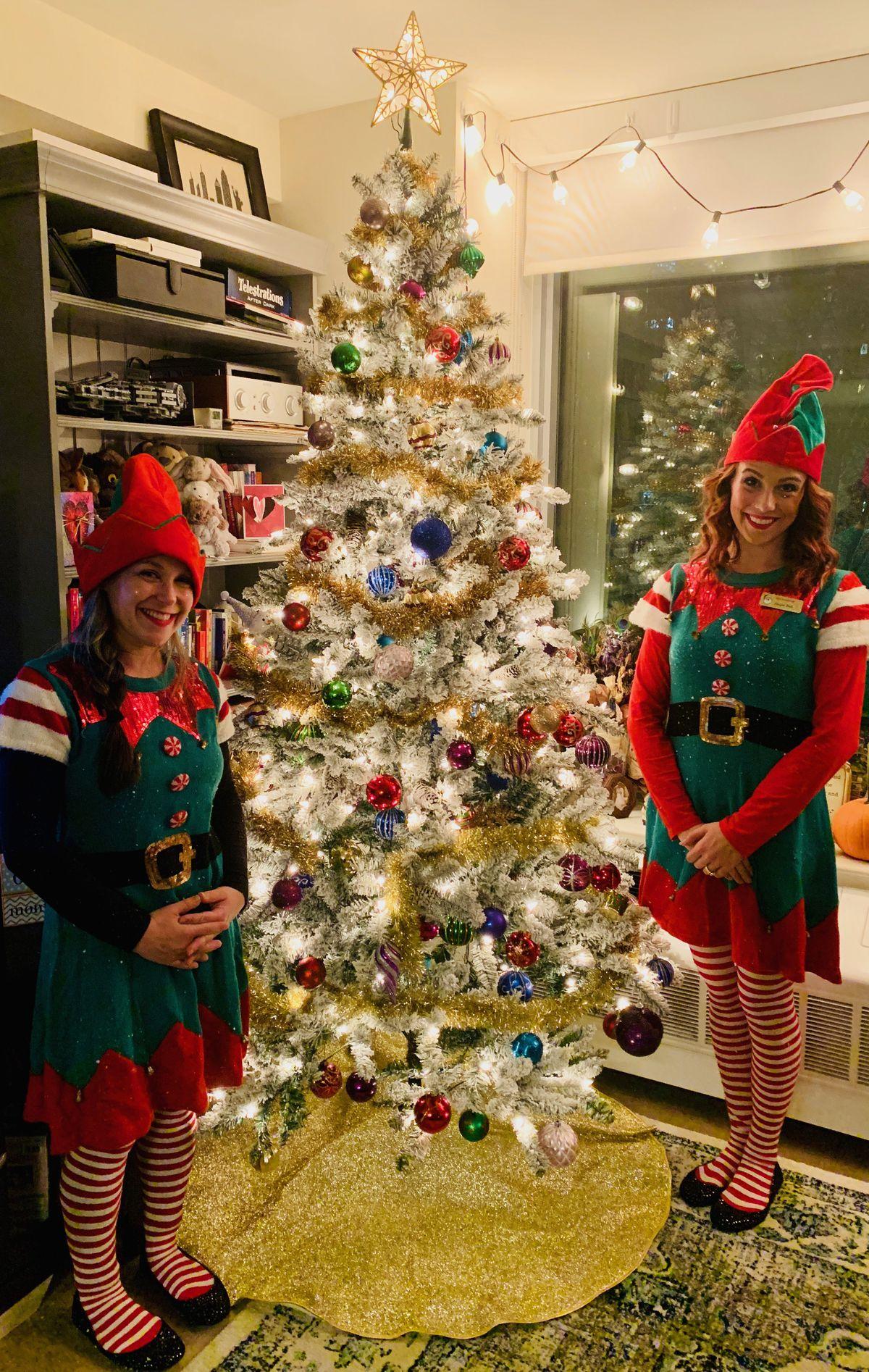 rent a christmas elves cara weissman and sarah king with the hagan familys tree kristen parness