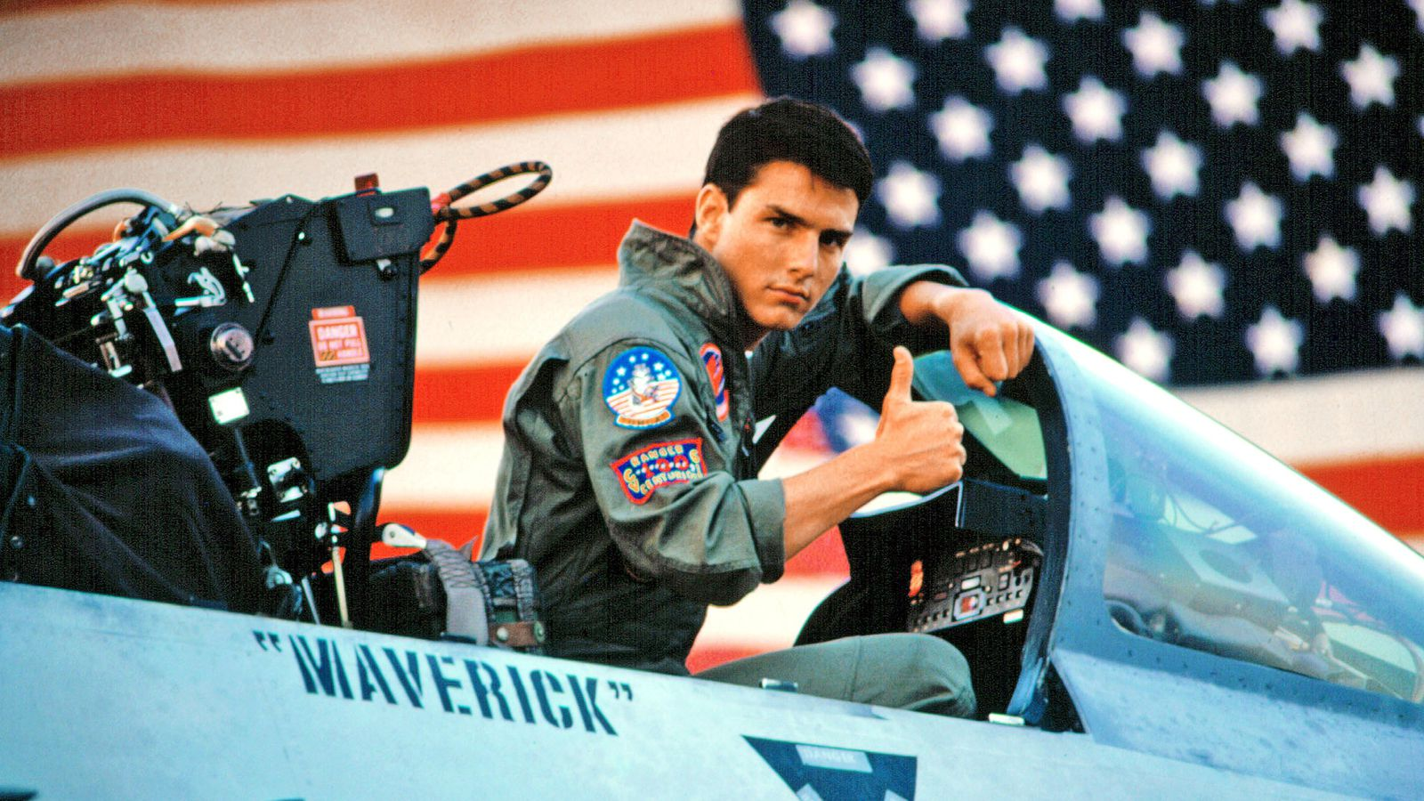 You only need to watch the first four minutes of Top Gun - The Verge