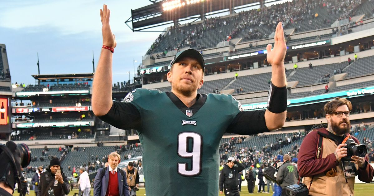 The latest on Nick Foles, trade rumors, free agency targets, Le'Veon Bell vs. Antonio Brown, and more