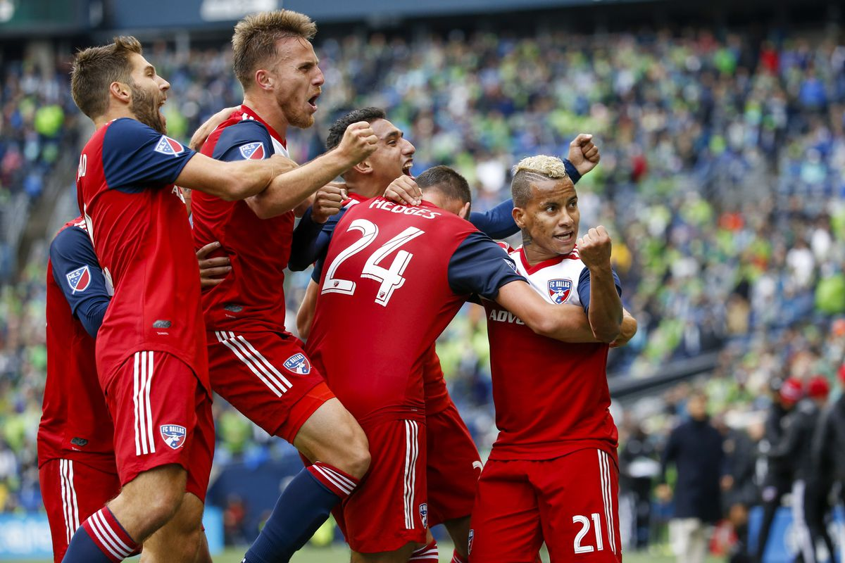 MLS: MLS Cup Playoffs-Round One-FC Dallas at Seattle Sounders FC