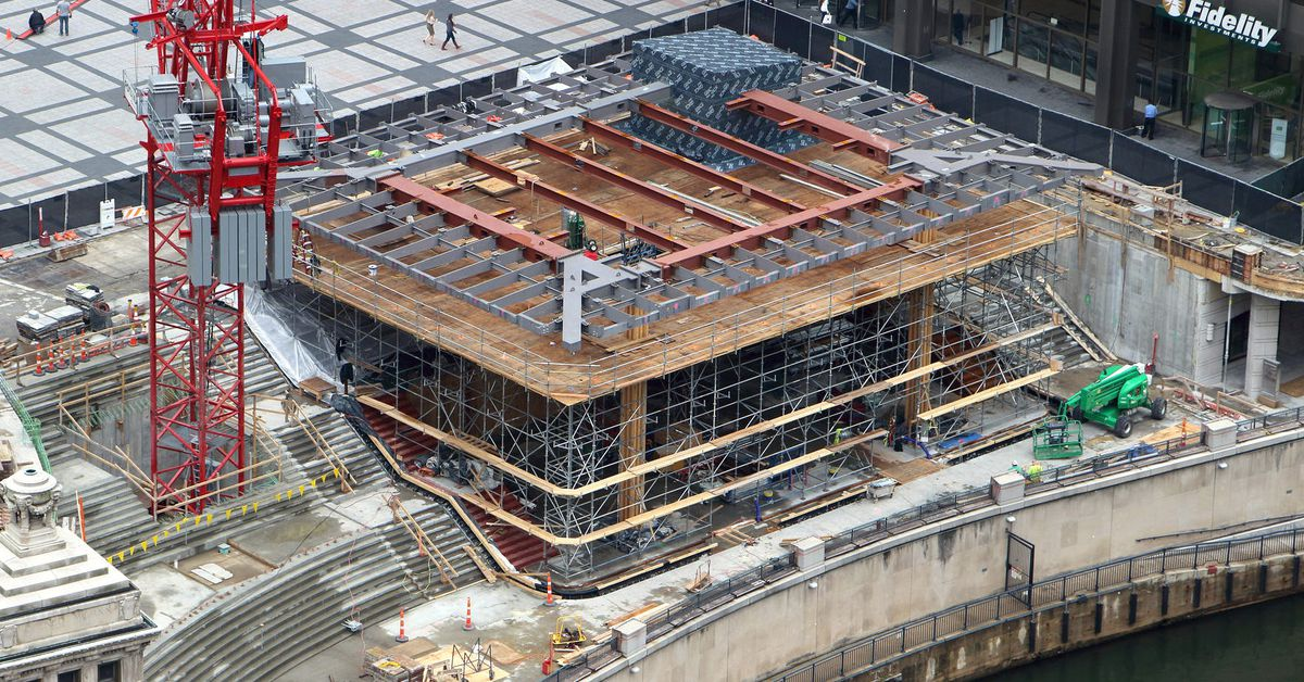 How Apple Transformed Chicago S Pioneer Court Curbed Chicago