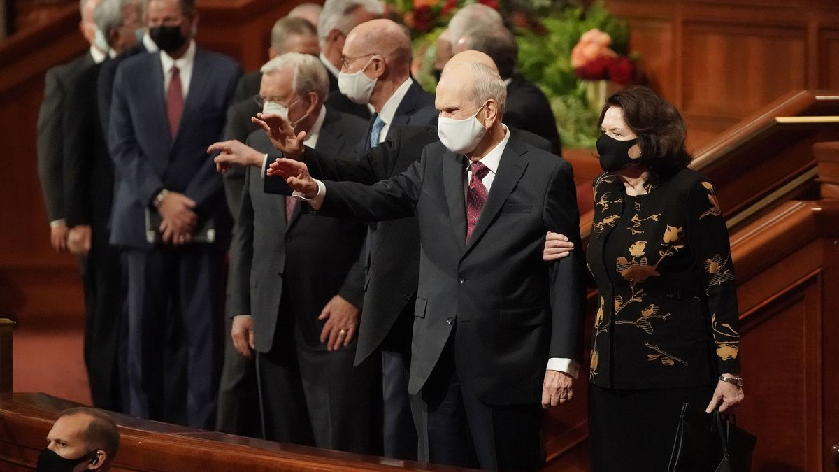 President Russell M. Nelson, president of The Church of Jesus Christ of Latter-day Saints, waves to attendees after the Sunday morning session of the 191st Semiannual General Conference of The Church of Jesus Christ of Latter-day Saints in in the Conference Center in Salt Lake City on Sunday, Oct. 3, 2021.