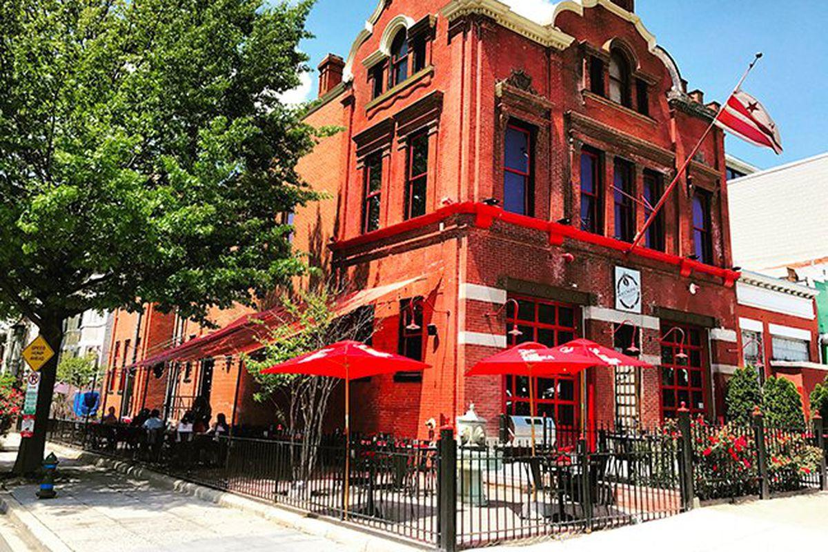 Old Firehouse Restaurant In Chicago