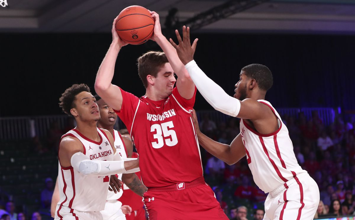 NCAA Basketball: Battle 4 Atlantis-Oklahoma vs Wisconsin