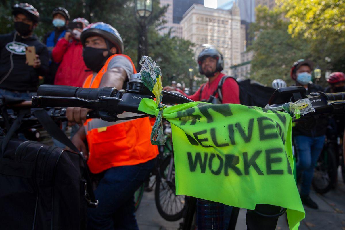Los trabajadores dicen que la seguridad es una lucha constante.