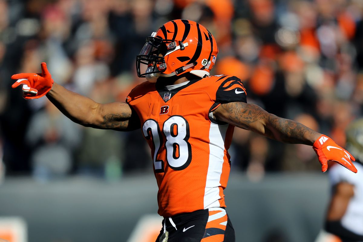 nfl week 12 cincinnati needs to lean on joe mixon to replicate past