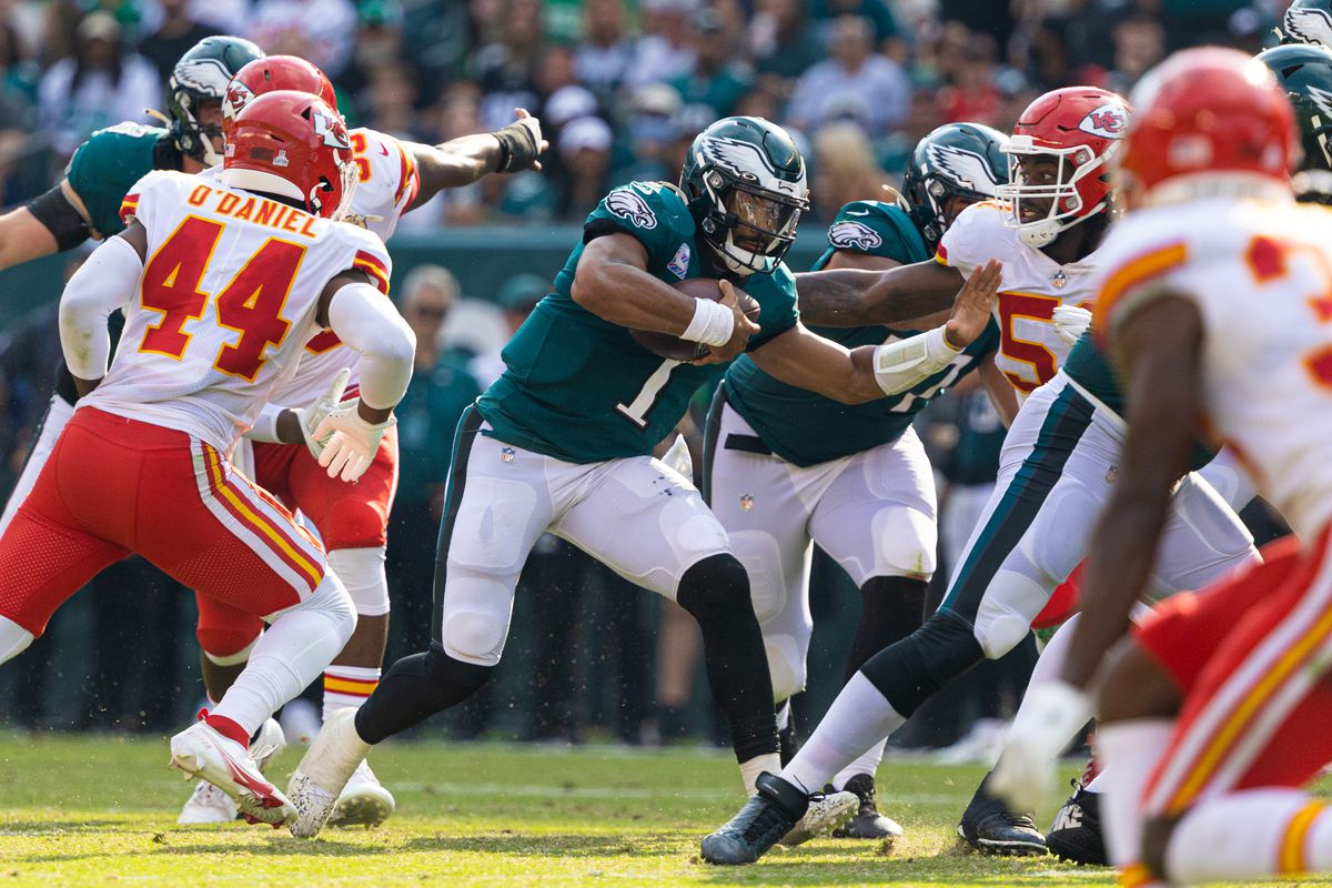 Philadelphia Eagles quarterback Jalen Hurts (1) runs with the ball against the Kansas City Chiefs during the fourth quarter at Lincoln Financial Field.