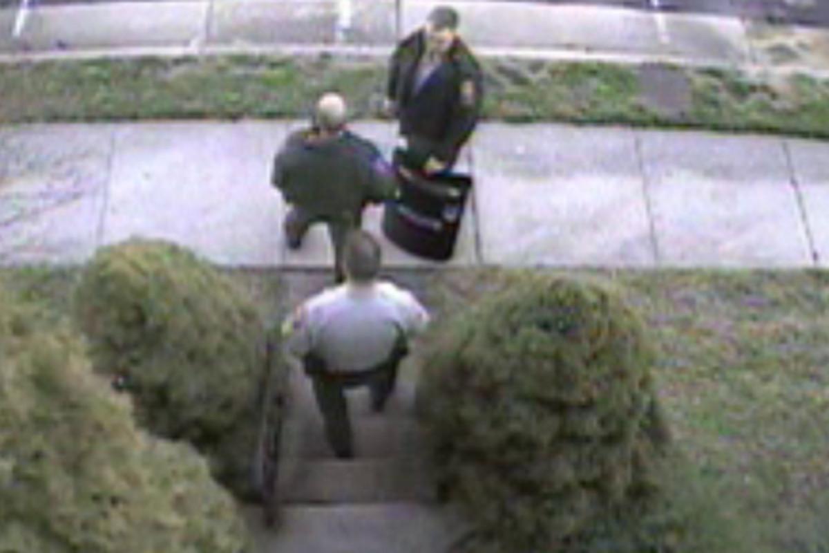 Police raid on Brian Krebs' house