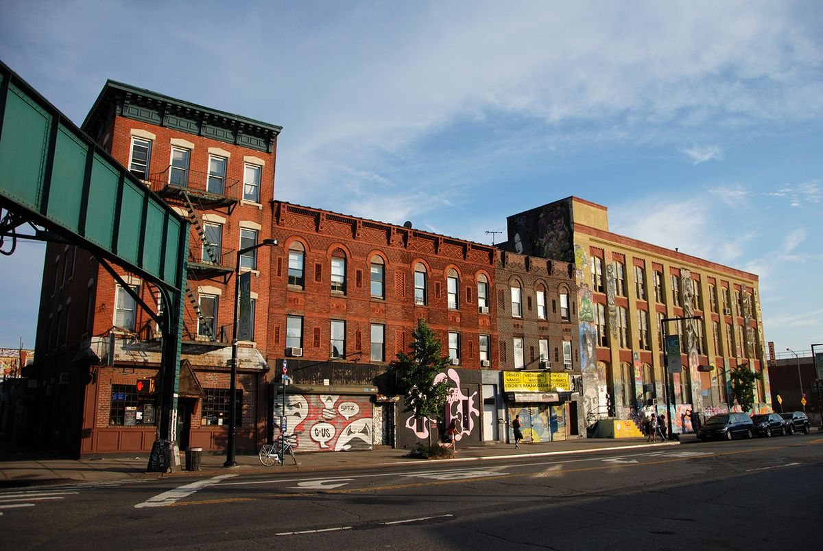 in queens and staten island two competing visions for new york 39 s waterfront curbed ny. Black Bedroom Furniture Sets. Home Design Ideas