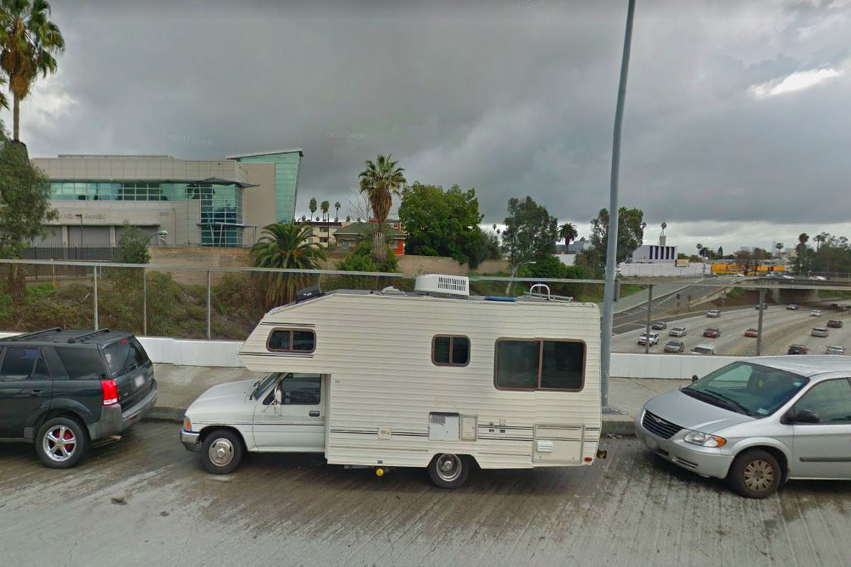 Angelenos Are Renting Out Rvs Box Trucks Like Apartments