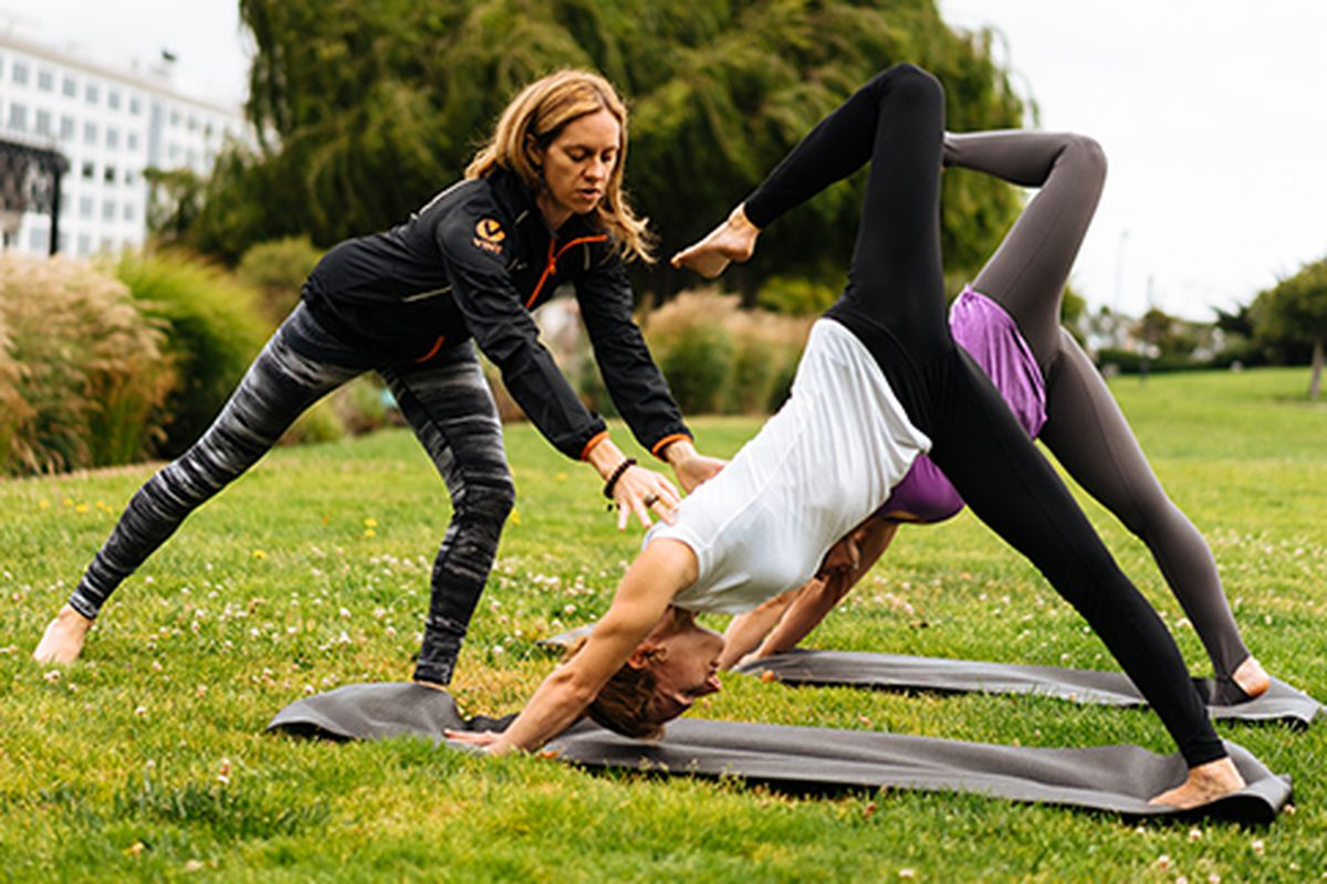 """Photo from Vint via <a href=""""http://www.prevention.com/fitness/fitness-tips/fitness-apps-fitmob-and-vint-are-making-workouts-more-accessible"""">Prevention</a>"""