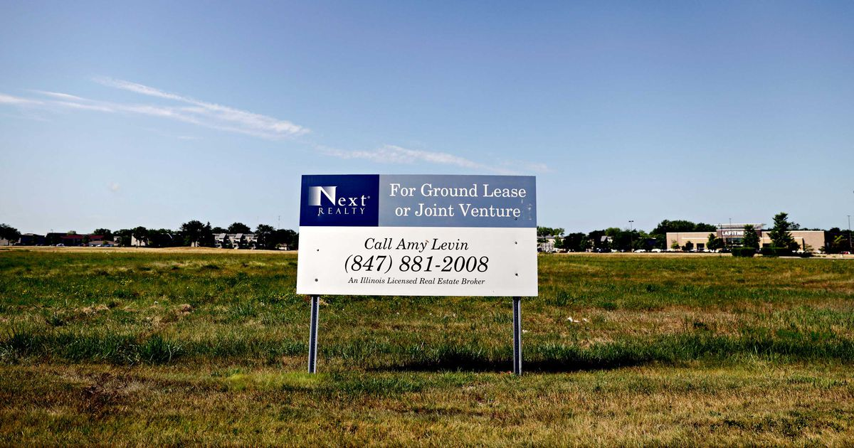 Next Realty's sign on the possible Fountain Square site where the new Waukegan casino could rise.