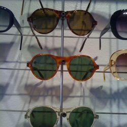 Aviator-inspired specs