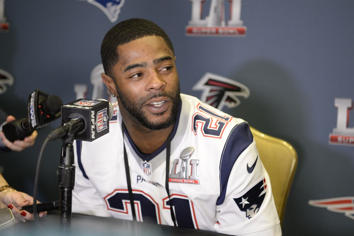 Putting contract situation aside, Malcolm Butler all-in at voluntary OTAs