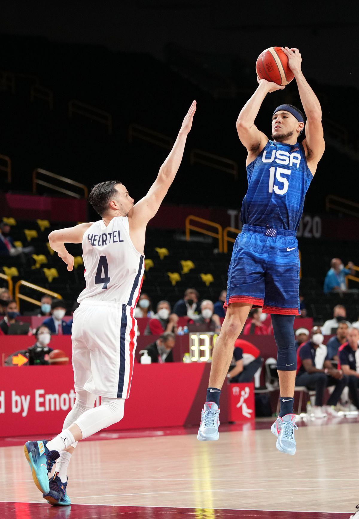 Olympics: Basketball-Men Group A - FRA-USA