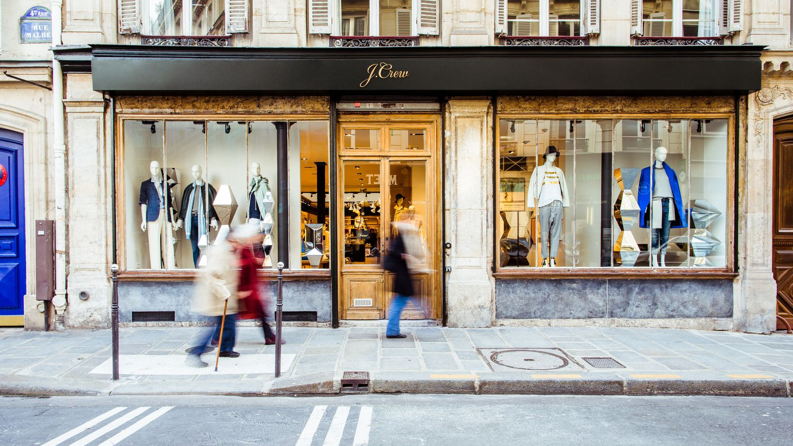 j crew unveils first store in paris racked. Black Bedroom Furniture Sets. Home Design Ideas