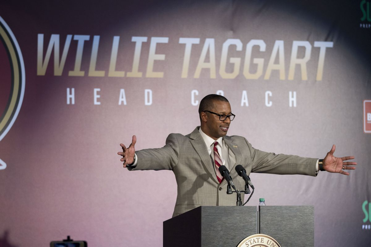 COLLEGE FOOTBALL: DEC 06 Willie Taggart Introduction