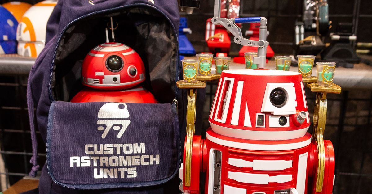 How fans will build their own droids at Disney's Star Wars land