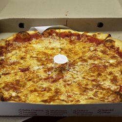 """Brother's Pizzeria pie by <a href=""""http://www.flickr.com/photos/slice/5986966570/in/pool-eater/"""">Adam Kuban</a>."""