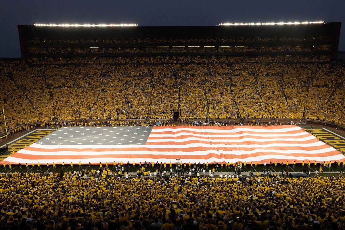 COLLEGE FOOTBALL: SEP 11 Washington at Michigan