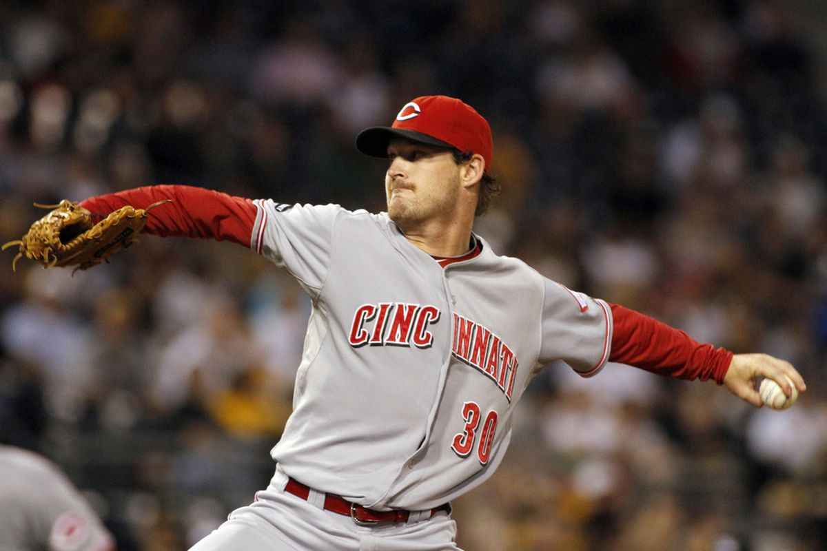 Travis Wood of the Cincinnati Reds pitches against the Pittsburgh Pirates at PNC Park in Pittsburgh, Pennsylvania. Could Wood become a Cub soon? (Photo by Justin K. Aller/Getty Images)