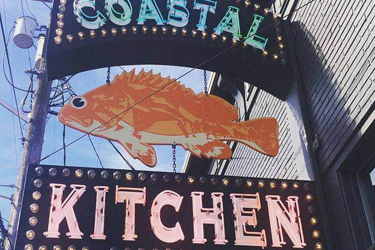 coastal kitchen has new owners  but they u0026 39 re not changing a thing