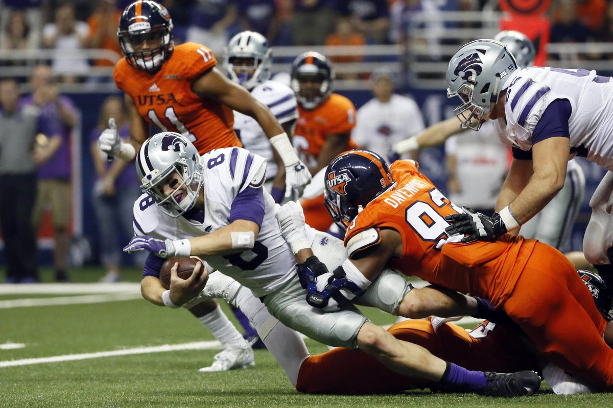 Kansas State's Joe Hubener was able to run efficiently against the Roadrunners.
