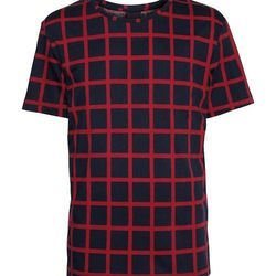 """<strong>H&M</strong> Checked Tee <a href=""""http://www.hm.com/us/product/15551?article=15551-A"""">$24.95</a>"""