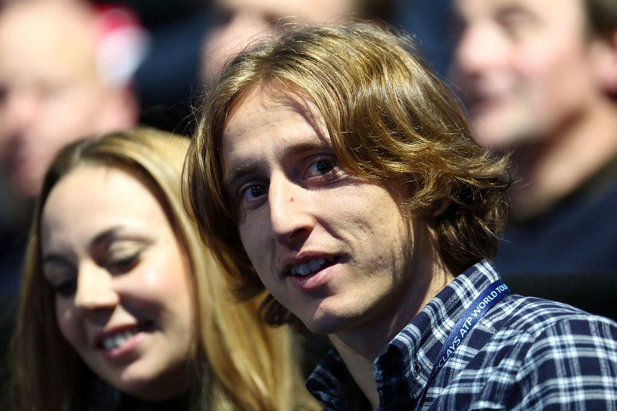 Luka Modric, chilling with a woman we presume is his girlfriend at the ATP World Tour Finals