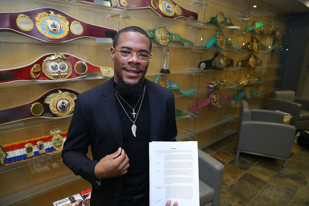 Lamont Roach Jr re-signs with Golden Boy ahead of world title fight