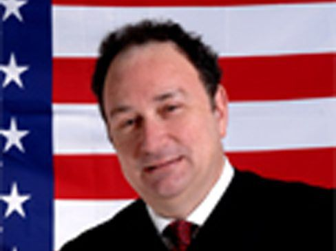 Judge Michael B. Hyman wrote the opinion upholding Darien Harris's conviction.   Illinois Appellate Court