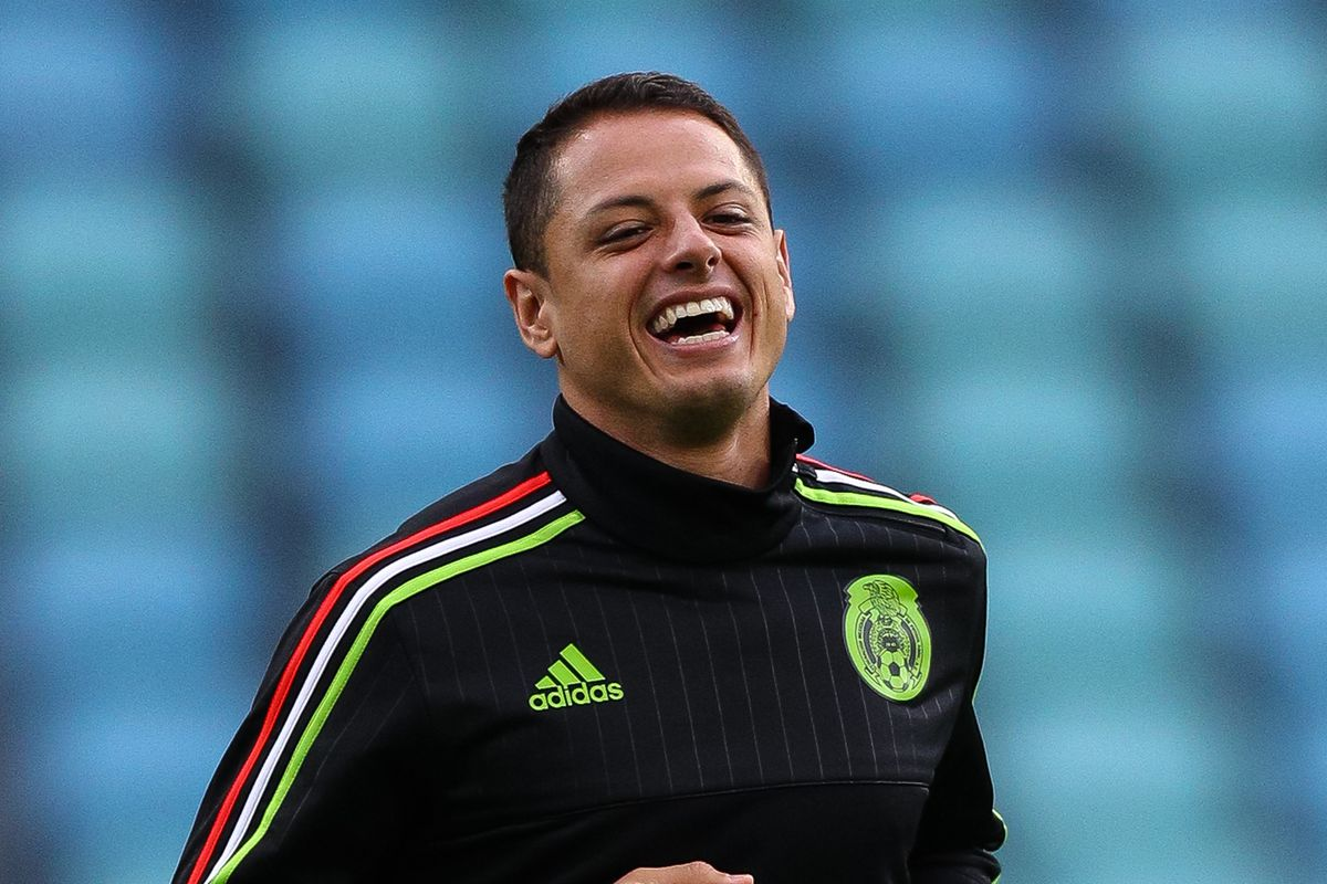 What number will Javier  Chicharito  Hernandez have at West Ham ... cb8bfc751
