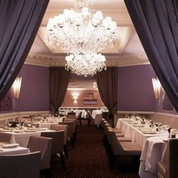 """<a href=""""http://ny.eater.com/archives/2012/10/picholine_reopening_tonight.php"""">Terrance Brennan's Picholine Reopens</a>"""