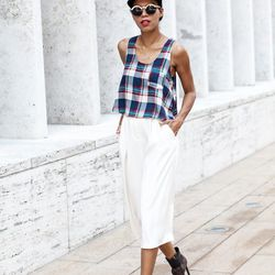 """Grasie of <a href=""""http://www.grasiemercedes.com""""target=""""_blank"""">Style Me Grasie</a> is wearing a Crossroads top, <a href=""""http://us.topshop.com/en/tsus/product/clothing-70483/shorts-70503/culottes-2683121/culotte-shorts-3204807?refinements=category~[1592"""
