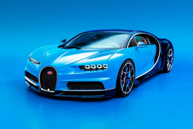 Bugatti's Chiron is the beastly, faster-than-fast, 1,500hp Veyron ...