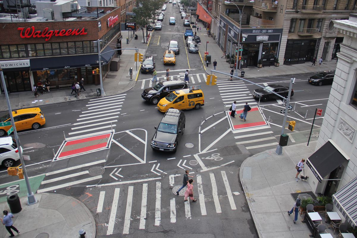 NYC designs the future of safer intersections for cyclists ...One Way Street Intersection