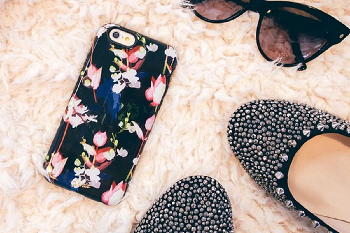 """Sonix Black Orchid iPhone 6 case, <a href=""""http://shop.nordstrom.com/s/sonix-black-orchid-iphone-6-plus-case/3867795?origin=keywordsearch-personalizedsort&amp;contextualcategoryid=2375500&amp;fashionColor=&amp;resultback=1444&amp;cm_sp=personalizeds"""
