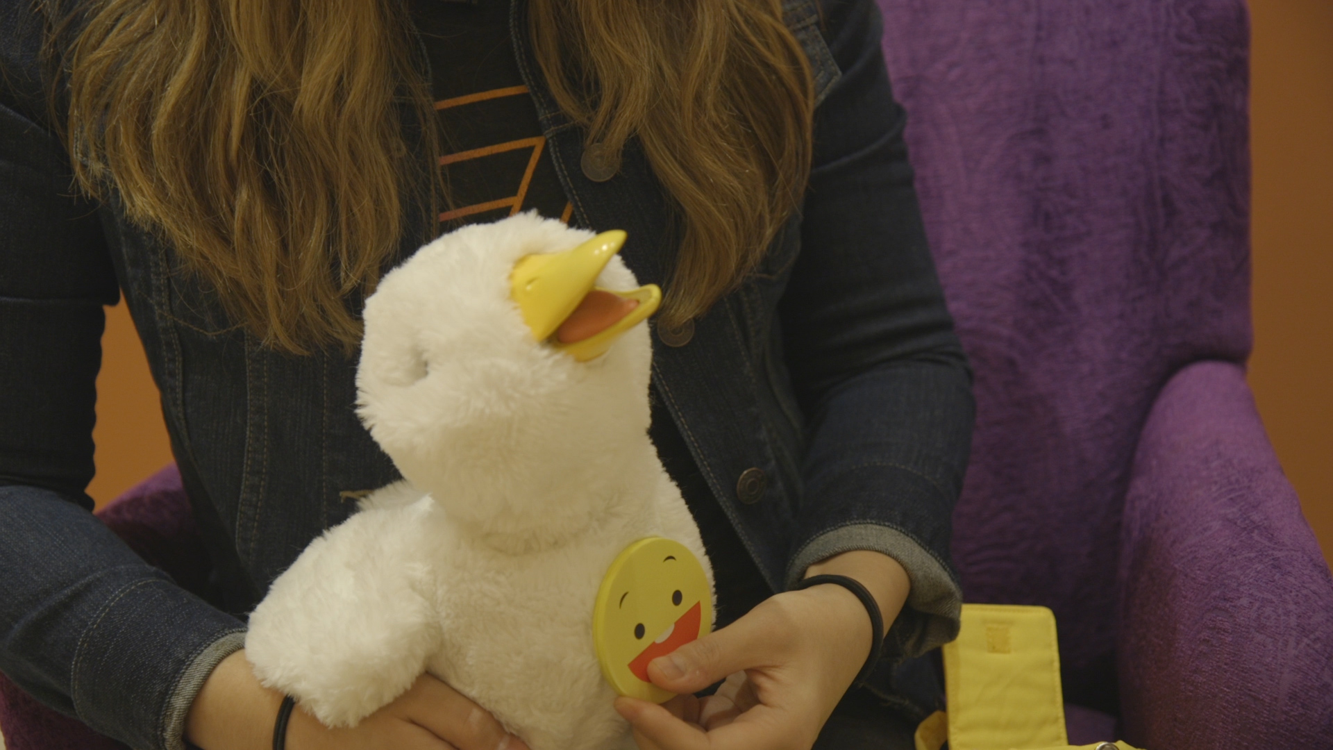 Robot duck hopes to help kids with cancer