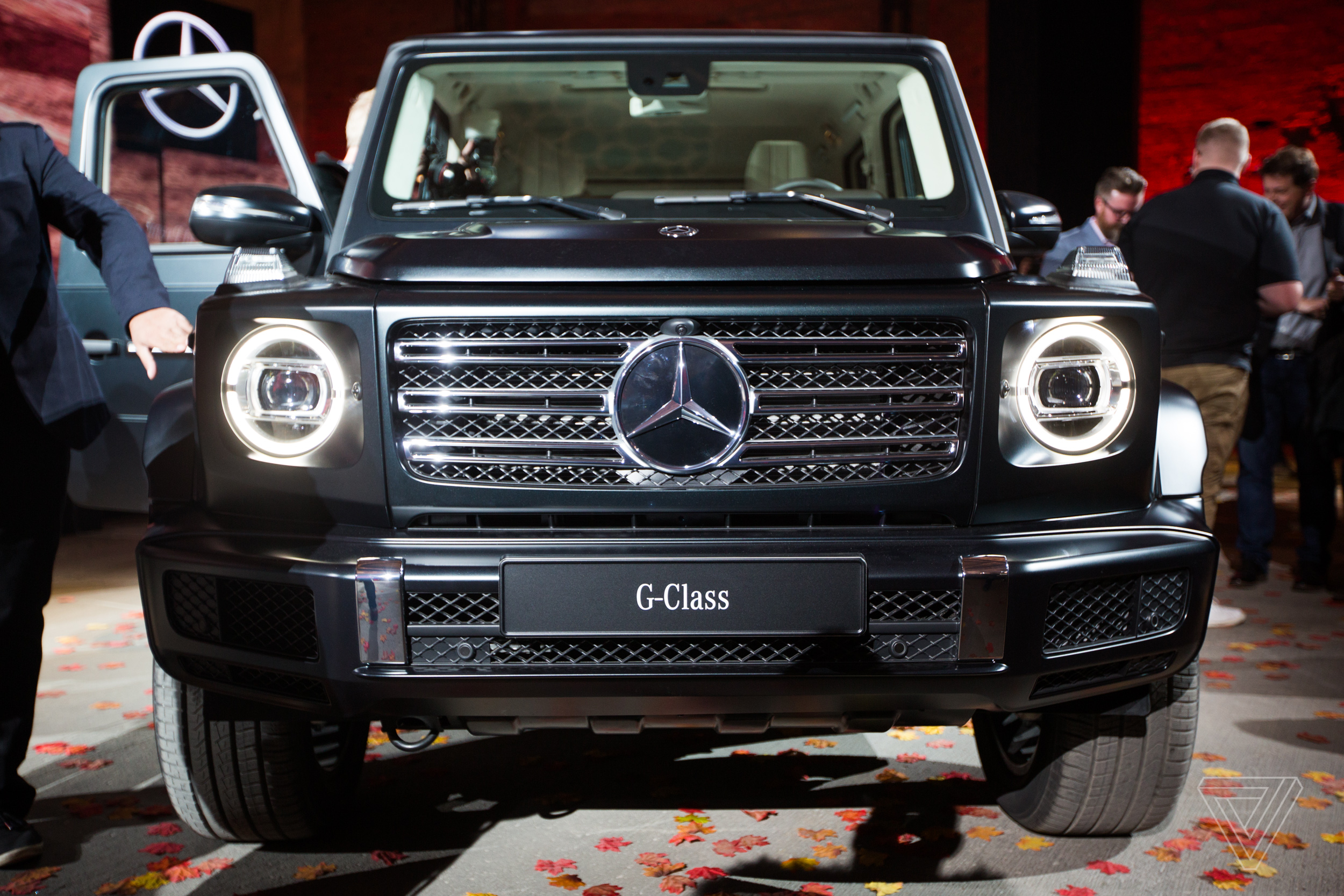 We climbed into the new mercedes benz g wagen the verge for Auto mercedes benz
