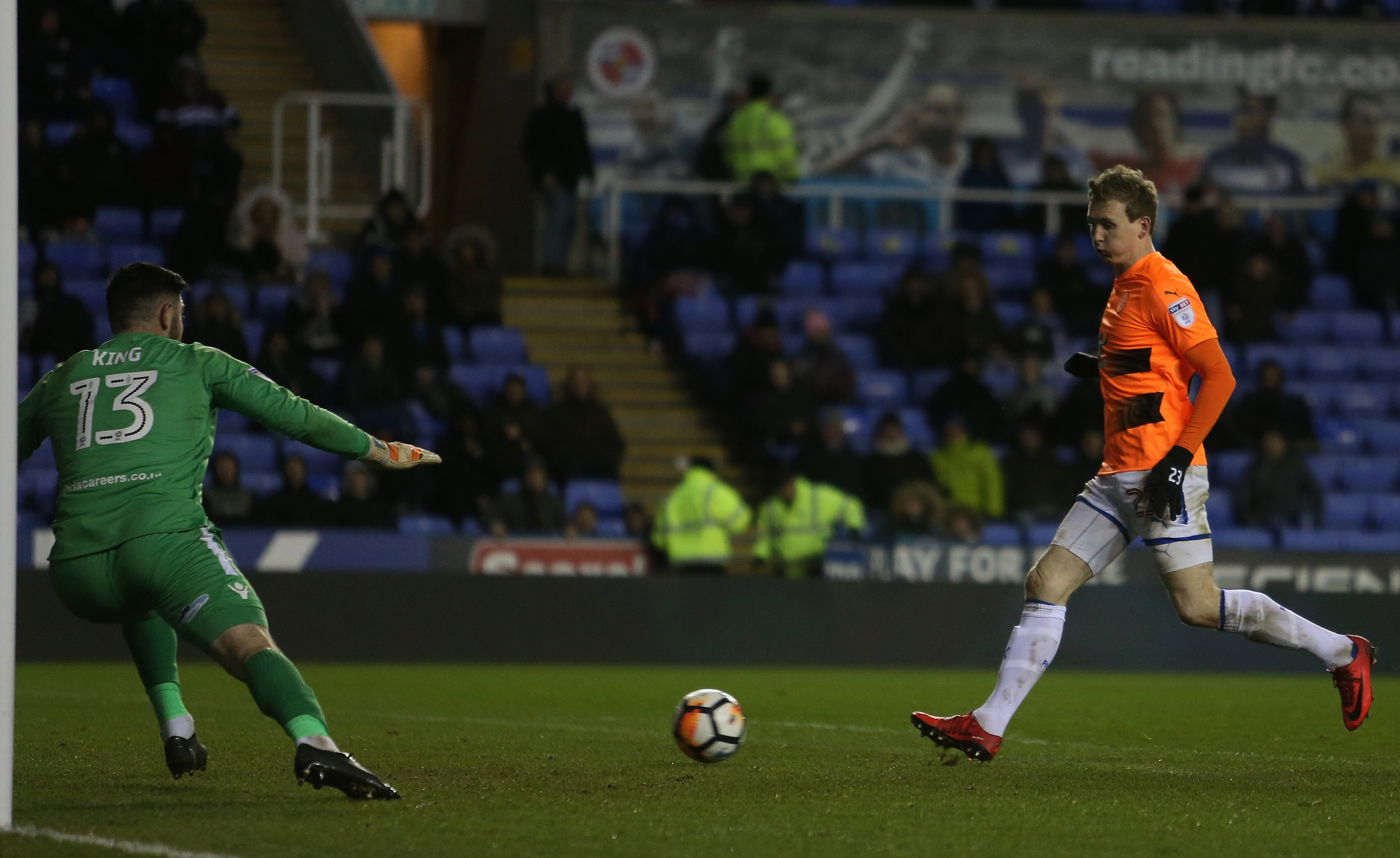 FA Cup kit confusion a first for Reading boss Jaap Stam