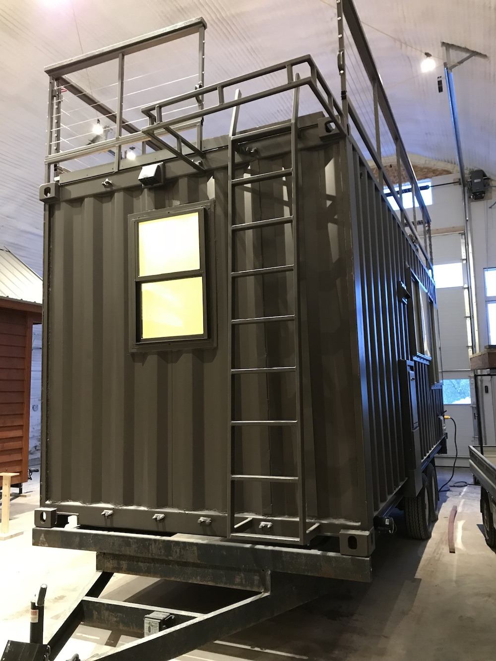 tiny house meets shipping container in escape s vista c curbed. Black Bedroom Furniture Sets. Home Design Ideas