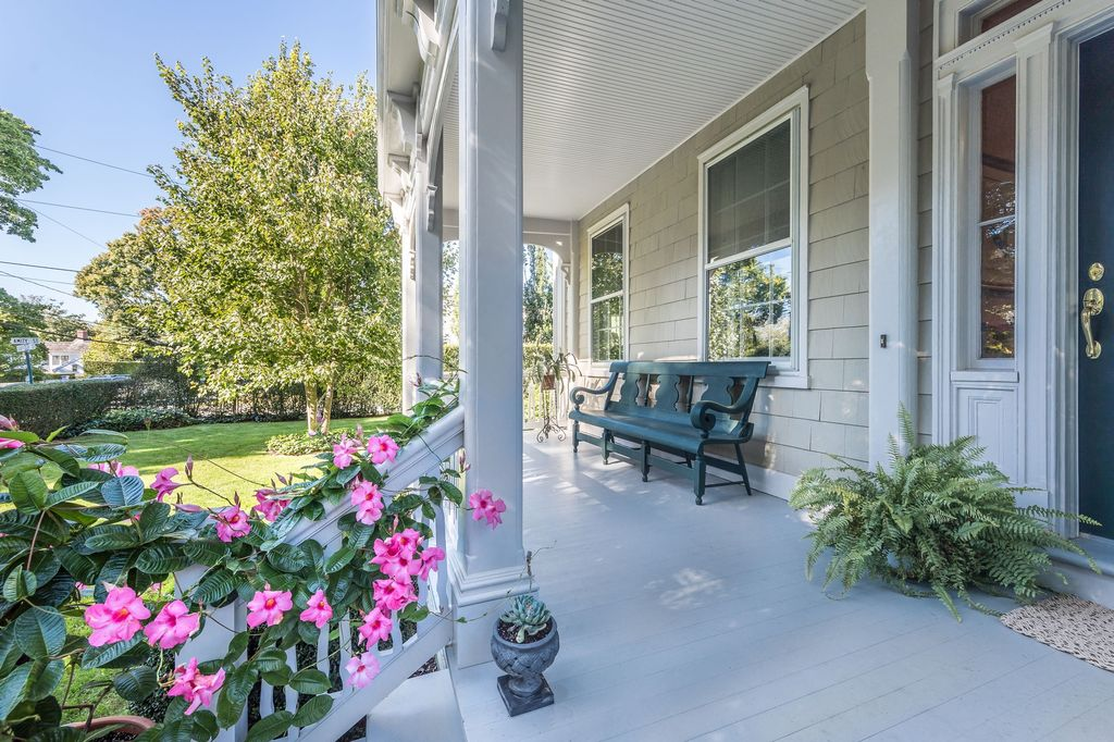 Home For Sale Sag Harbor High Street