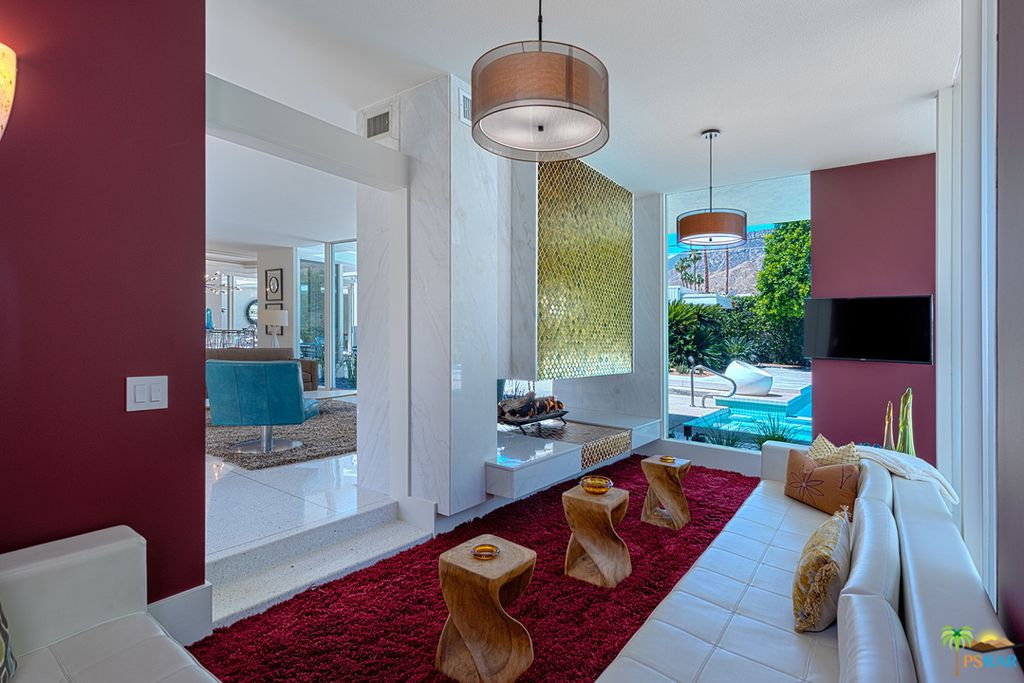 1960s Palm Springs Pad Is An Indoor Outdoor Dream For 1