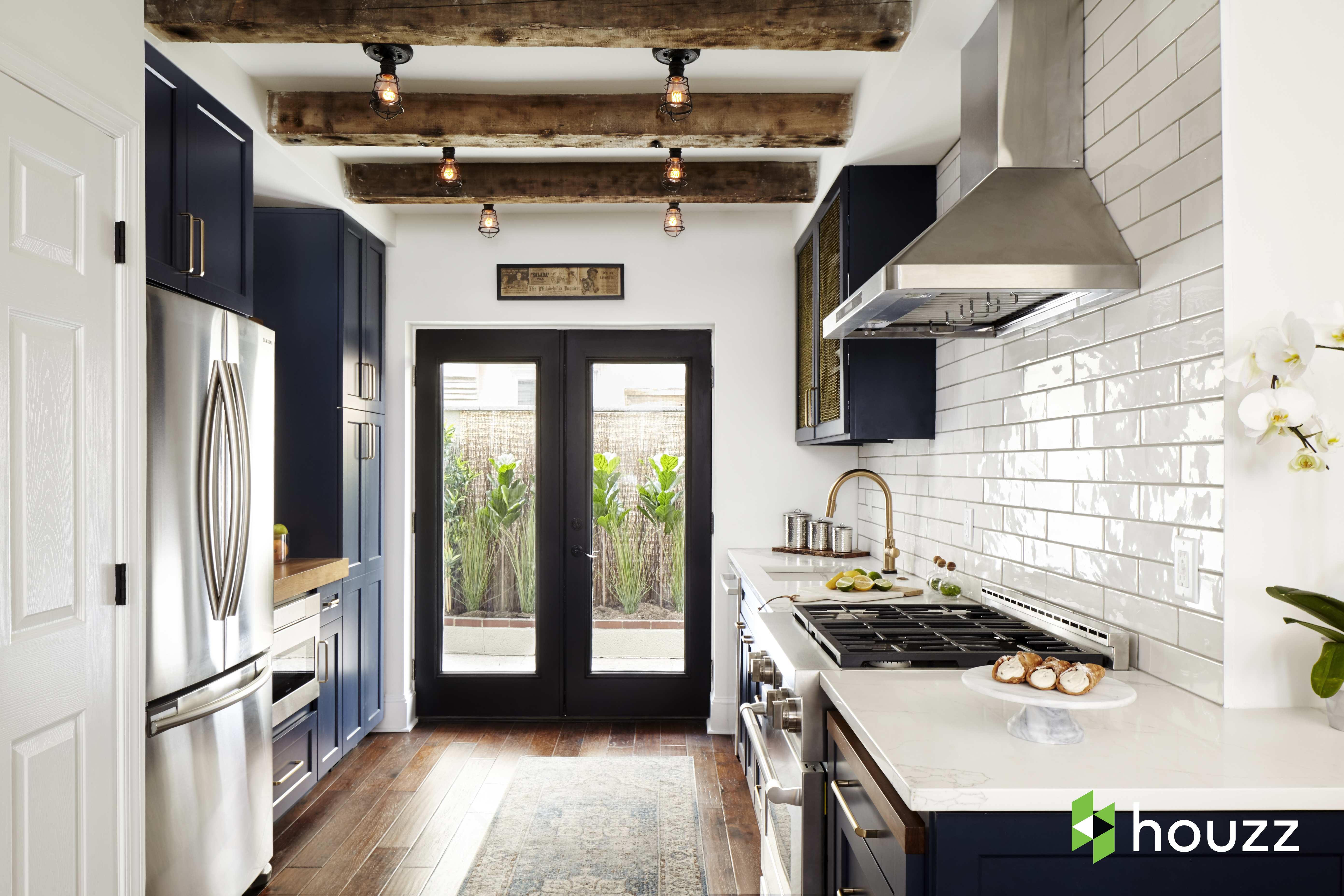 gordon ramsay surprises his chef with a renovated house eater vegas. Black Bedroom Furniture Sets. Home Design Ideas