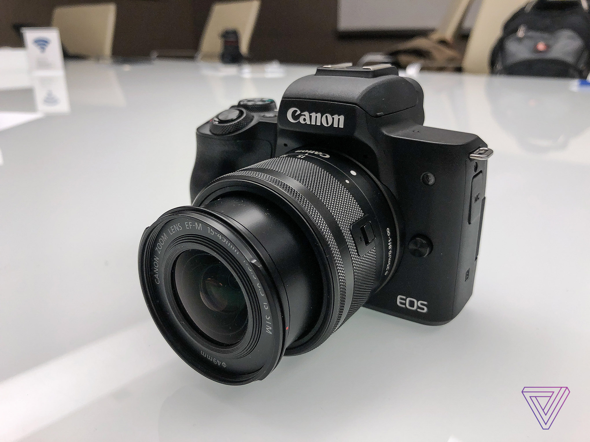Canon's newest mirrorless camera shoots 4K video - The Verge